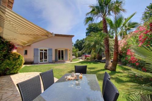 Maison de luxe à vendre SAINT AYGULF, 125 m², 3 Chambres, 570000€