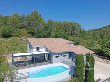 Maison de luxe à vendre ROQUEFORT LES PINS, 210 m², 6 Chambres, 1050000€