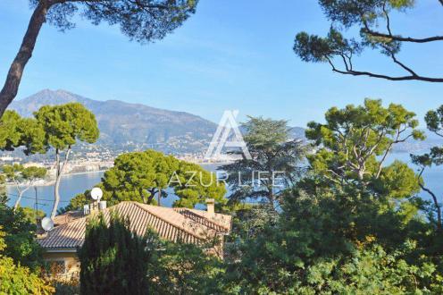 Villa de luxe à vendre ROQUEBRUNE CAP MARTIN, 200 m², 4 Chambres, 5150000€