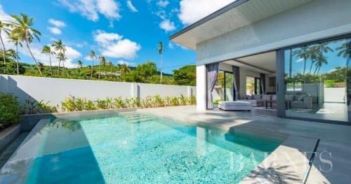 Вилла класса люкс на продажу  Тайланд, 170 м², 2 Спальни, 5900000€