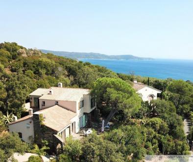 Propriété de luxe à vendre CAVALAIRE SUR MER, 170 m², 5 Chambres, 1690000€