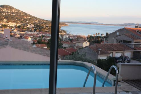 Luxury Villa for sale CARQUEIRANNE, 170 m², 3 Bedrooms, €890000