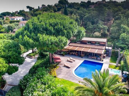 Villa de luxe à vendre GASSIN, 340 m², 5 Chambres, 2992500€