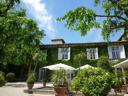 Propriété de luxe à vendre VILLENEUVE LES AVIGNON, 1500 m², 10 Chambres, 3980000€