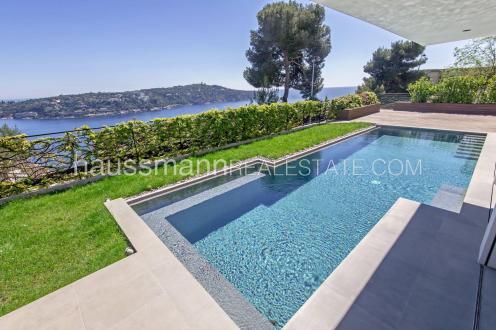 Maison de luxe à louer NICE, 185 m², 4 Chambres,