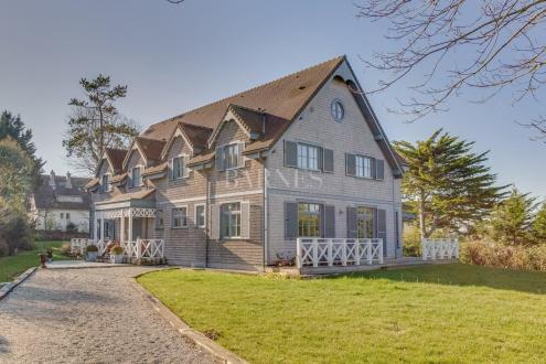Maison de luxe à vendre DEAUVILLE, 450 m², 7 Chambres, 2150000€