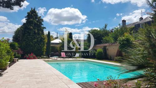 Propriété de luxe à vendre EVREUX, 300 m², 6 Chambres, 663000€