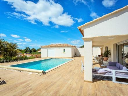 Maison de luxe à vendre NIMES, 196 m², 5 Chambres, 794000€