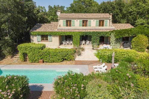 Villa de luxe à vendre LA GARDE FREINET, 188 m², 4 Chambres, 900000€