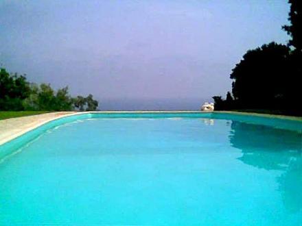 Proprietà di lusso in vendita SOLENZARA, 210 m², 5 Camere, 1650000€
