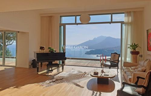 Casa di lusso in vendita THEOULE SUR MER, 385 m², 6 Camere, 4450000€