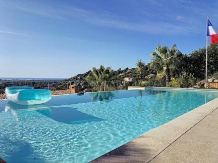 Villa de luxe à vendre MANDELIEU LA NAPOULE, 300 m², 5 Chambres, 1485000€