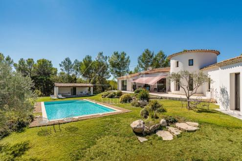 Дом класса люкс на продажу  Экс-Ан-Прованс, 280 м², 6 Спальни, 1420000€