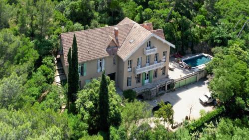 Maison de luxe à vendre MARSEILLE, 551 m², 14 Chambres, 3400000€