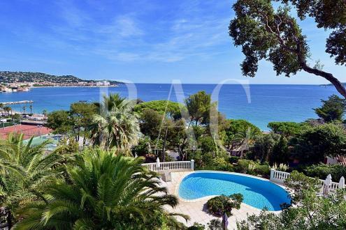 Villa de luxe à vendre SAINTE MAXIME, 300 m², 7 Chambres, 4795000€