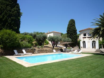 Luxury House for rent SAINT TROPEZ, 250 m², 6 Bedrooms,