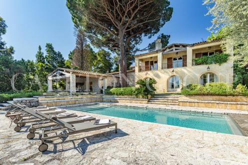 Luxury House for rent SAINT TROPEZ, 275 m², 6 Bedrooms,