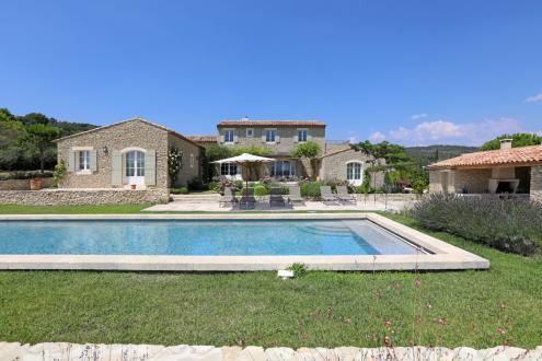 Luxury House for sale GORDES, 480 m², 6 Bedrooms, €2780000