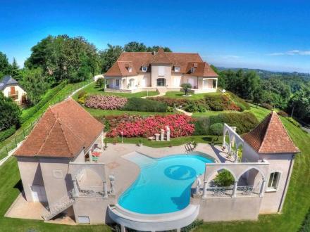 Villa de luxe à vendre PAU, 400 m², 5 Chambres, 990000€