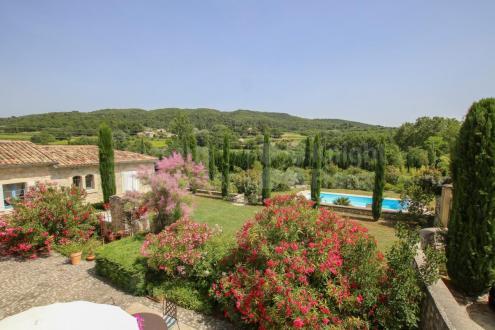 Luxus-Farm zu verkaufen VAISON LA ROMAINE, 210 m², 4 Schlafzimmer, 1060000€