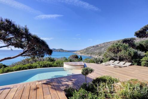 Luxury House for rent RAMATUELLE, 201 m², 5 Bedrooms,