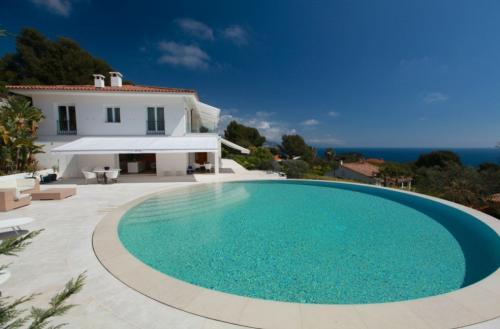Maison de luxe à louer SAINT JEAN CAP FERRAT, 500 m², 7 Chambres,