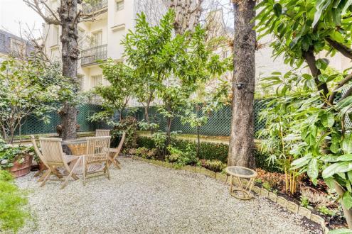 Дом класса люкс на продажу  Париж 16ый, 340 м², 3 Спальни, 8500000€