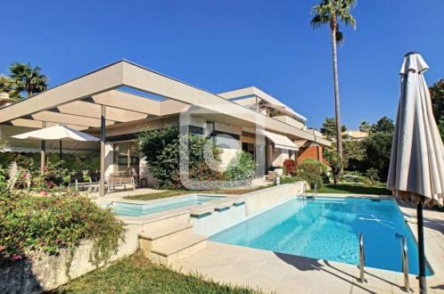Luxury Villa for sale ANTIBES, 225 m², 5 Bedrooms, €1470000