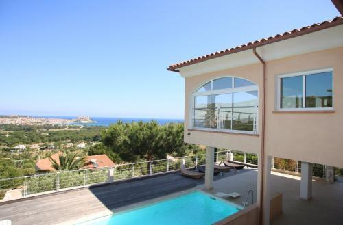 Luxe Domein  te koop LUMIO, 600 m², 7 Slaapkamers, 3700000€