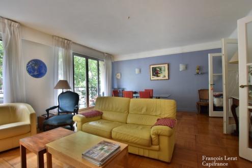 Appartement de luxe à vendre PARIS 7E, 93 m², 2 Chambres, 1369000€