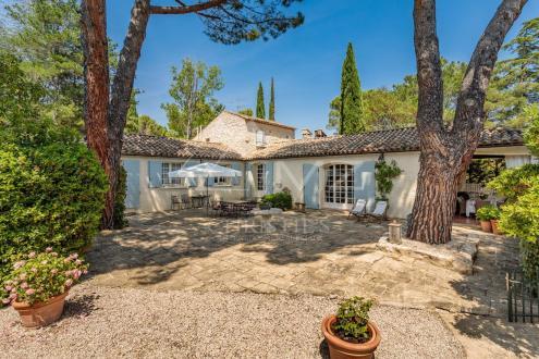 Дом класса люкс на продажу  Лурмарен, 180 м², 4 Спальни, 1290000€