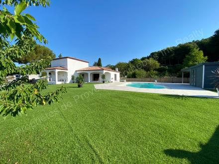 Villa de luxe à louer ALLAUCH, 190 m², 4 Chambres, 4800€/mois