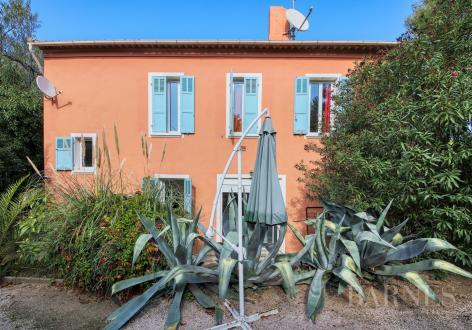 Immeuble de luxe à vendre GASSIN, 220 m², 1 Chambres, 1250000€
