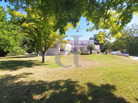 Luxury House for sale L'ISLE SUR LA SORGUE, 200 m², 5 Bedrooms, €653000