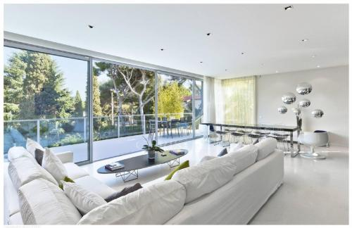 Luxury House for rent SAINT JEAN CAP FERRAT, 230 m², 4 Bedrooms,