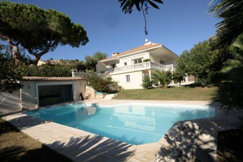Luxury House for sale LE GOLFE JUAN, 320 m², €2250000