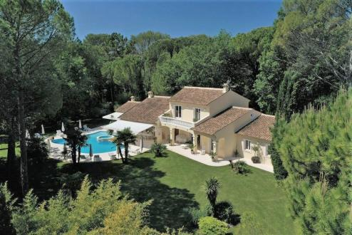 Villa de luxe à vendre TOURRETTES, 300 m², 2120000€