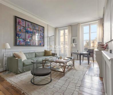 Квартира класса люкс на продажу  Париж 8ой, 153 м², 2 Спальни, 3250000€