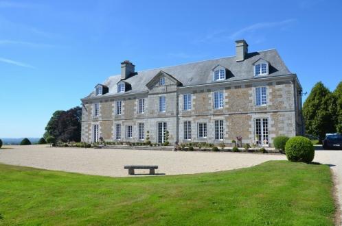 Château / Manoir de luxe à vendre VILLEDIEU LES POELES, 500 m², 12 Chambres, 1950000€