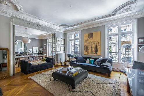 Appartement de luxe à vendre PARIS 7E, 141 m², 3 Chambres, 2590000€