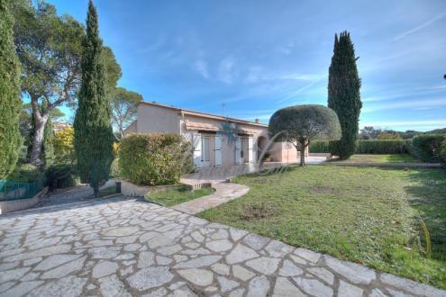 Luxus-Haus zu verkaufen SAINT RAPHAEL, 218 m², 5 Schlafzimmer, 695000€