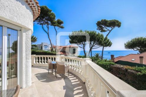 Villa de luxe à vendre CAP D'ANTIBES, 200 m², 3 Chambres, 3200000€