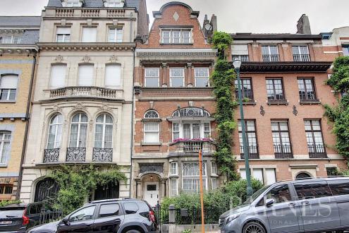 Maison de luxe à vendre IXELLES, 310 m², 6 Chambres, 1650000€