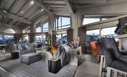 Шале класса люкс на продажу  Куршевель, 560 м², 6 Спальни