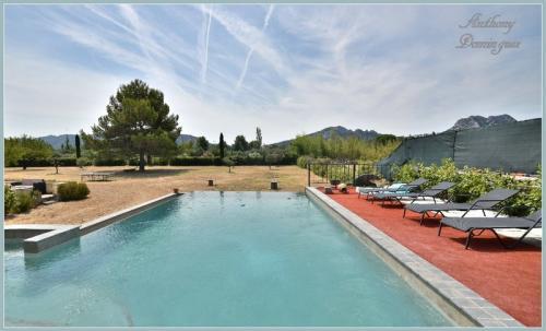 Luxus-Haus zu verkaufen EYGALIERES, 173 m², 5 Schlafzimmer, 1350000€