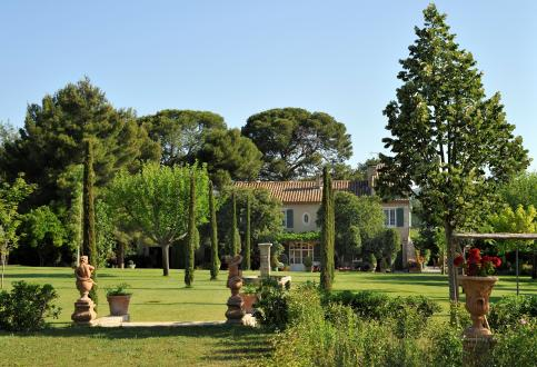 Maison de luxe à vendre PARADOU, 350 m², 6 Chambres, 1998000€