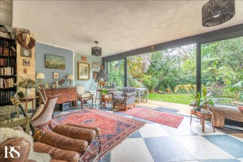 Дом класса люкс на продажу  Бордо, 245 м², 7 Спальни, 1199000€