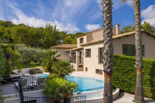 Villa de luxe à vendre MOUGINS, 190 m², 4 Chambres, 1290000€