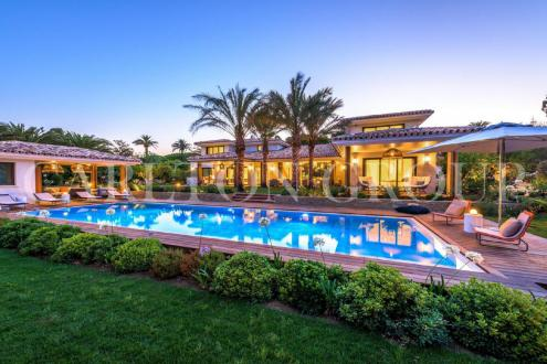 Luxus-Villa zu verkaufen SAINT TROPEZ, 460 m², 7 Schlafzimmer, 14500000€