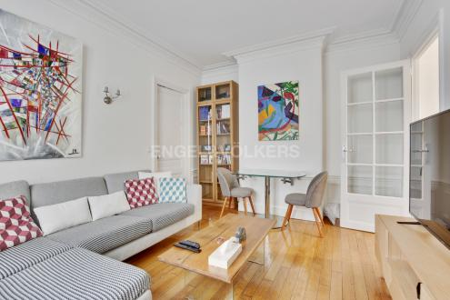 Luxury Apartment for sale NEUILLY SUR SEINE, 48 m², 2 Bedrooms, €618000